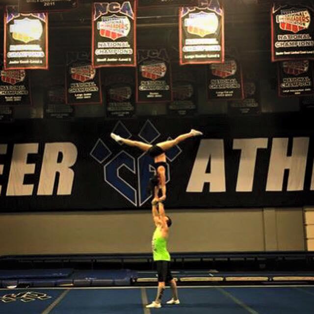 meg_cheer_handstand